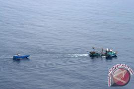 SAR gabungan evakuasi 32 ABK kapal rusak mesin