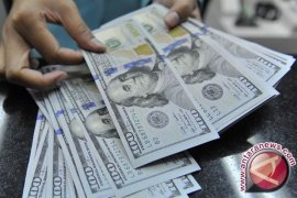 Dolar kembali melemah, dipicu inflasi upah AS yang sangat rendah