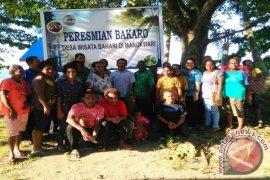 Unipa Bangun Desa Wisata Bahari Kampung Bakaro Manokwari