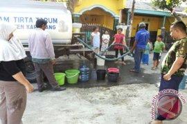 PDAM Karawang Kirim Air Akibat Gangguan Jaringan