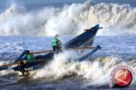 BMKG: Gelombang laut Utara Bangka capai 4,0 meter