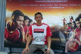 PB Djarum jaring pebulu tangkis muda Surabaya