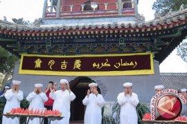 Pemusik dan penyair etnis Uighur ternyata masih hidup