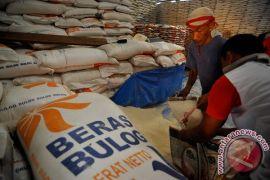 Pasar Cipinang: harga beras medium stabil Rp8.050