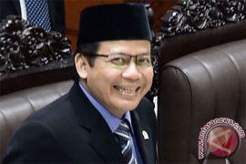 Wakil Ketua DPR: proses hukum calon kepada dareah harus tetap berjalan