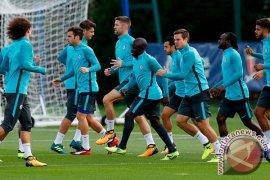 Chelsea tetap berharap finis empat besar