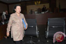 KPK periksa Diah Anggraeni diperiksa untuk keponakan Novanto