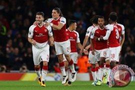 Arsenal Kalahkan Cologne, Bekal Hadapi Chelsea