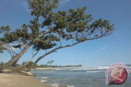 Sarana Penunjang Wisata Teluk Sepang Masih Minim
