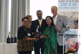 Kemarin Menlu raih penghargaan PBB, tim sepak bola Indonesia ke semifinal ASEAN Para Games