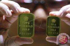 Harga emas kembali berakhir lebih rendah