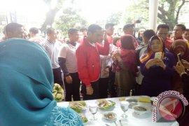 Presiden Jokowi Kejutkan Peserta Festival Kuliner Ikan Bogor