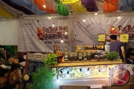 "150 Barista Adu Meracik Kopi Di ""Festival Kopi Internasional"""