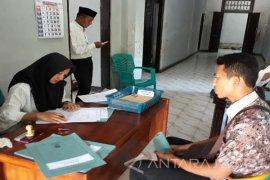 Ratusan Warga Sumenep Daftar Panwascam Pemilu (Video)