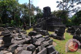 Situs Cagar Budaya Candi Lawang