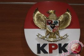 KPK periksa wali kota dan mantan wali kota Kendari