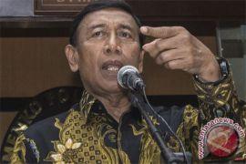 Wiranto persilakan DPR ajukan hak angket