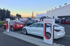 Tesla produksi 80.000 kendaraan pada kuartal III