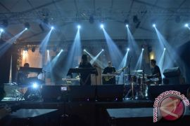 "TTATW hanya butuh dua lagu sulut ""amukan"" di Synchronize Fest 2017"