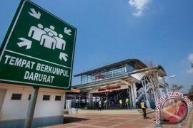 Warga : KRL Cikarang-Jakarta hemat waktu dan biaya