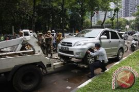 Sandiaga Uno minta sosialisasi perda parkir lebih intensif