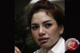 Nikita Mirzani kini berstatus  terdakwa