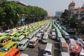 7.500 Angkot Di Bandung Raya Dikandangkan Dampak Taksi Online