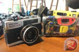 Kemarin, kiat memulai fotografi analog hingga aplikasi jelajah Kebun Raya Bogor