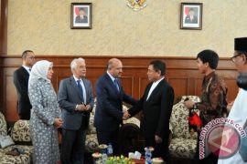 Wakil Perdana Menteri Turki sapa warga Aceh