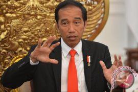 Presiden: bangun daerah bisa pinjam PT SMI