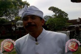 "PHDI: ""Jawa-Bali Crossing"" Ganggu Pura Segara Rupek"