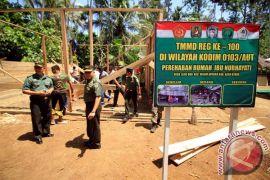 TNI AD bedah rumah warga tidak mampu