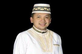 Gubernur Lampung Ridho Ficardo Menggratiskan Operasi Katarak