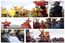 Tarian Guruh Soekarnoputra Semarakkan Festival Seni Pantai Prigi di Trenggalek