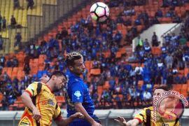 Kalahkan Mitra Kukar 3-1, puasa kemenangan Persib berakhir