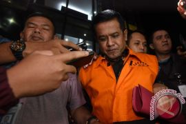 Lima saksi kasus gratifikasi Taufiqurrahman dicegah ke luar negeri