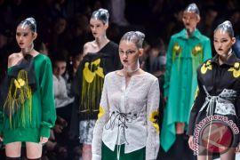 Hari ini, pameran Slowakia hingga bazar mode