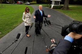 Orangtua imigran Melania Trump menjadi warga AS