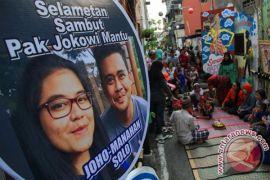 Kemarin, Jokowi arahkan relawan di pernikahan Kahiyang dan Bobby hingga bunga Bangkai di KRB mekar