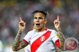 Kapten Peru Guerrero diskors setahun oleh FIFA
