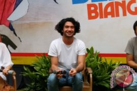 Kemarin, Reza Rahadian jadi Benyamin hingga cari berkah di Instagram