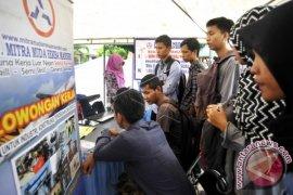 Pengangguran Terbuka di Maluku sebesar 7,38 persen
