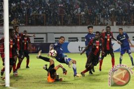 Stadion Wibawa Mukti Kabupaten Bekasi rusak akibat ulah suporter