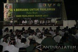 Pemkot Ajak Santri dan TNI Doa Bersama di Taman Makam Pahlawan