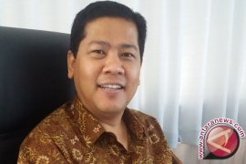 Menembus Batas, Profesor Sri Darma di Era Global dan Digital (38)