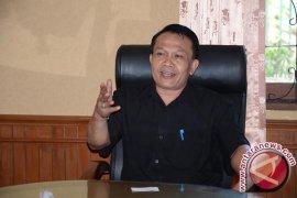 Gubernur Bali bantu anak penderita kanker tulang