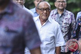 Aburizal Bakrie gelar rapat bahas masalah Setya Novanto