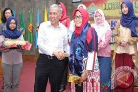 "Amalia Rezeki ""Srikandi Sungai Indonesia"""