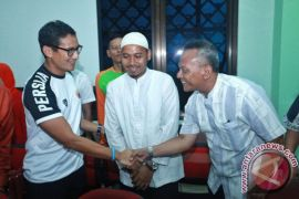 Dukungan Sandiaga Uno untuk kontingen taekwondo DKI Jakarta