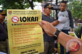 100.000 orang tanda tangani petisi anti-merokok di Austria